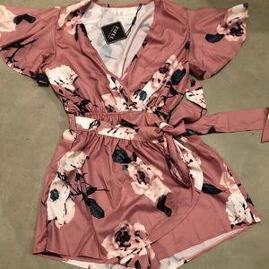 Floral Romper New with tags!